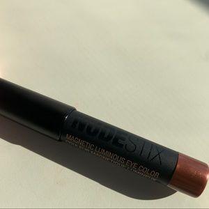 🤑10 for $25🤑 Nudestix mini metallic eye crayon